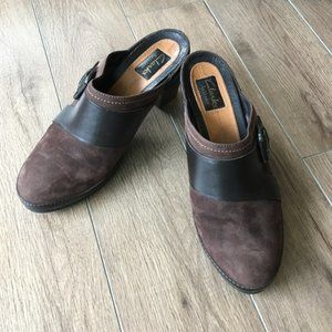 Clarks active air leather Clogs mules buckle